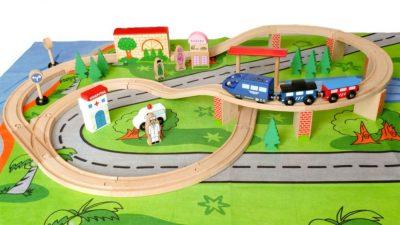 Medinė elektrinė geležinkelio trasa 50 vnt.