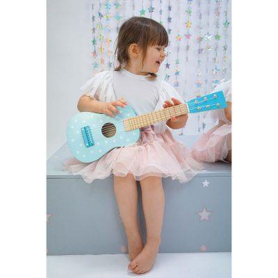 Medinė mėlyna gitara su žvaigždutėmis