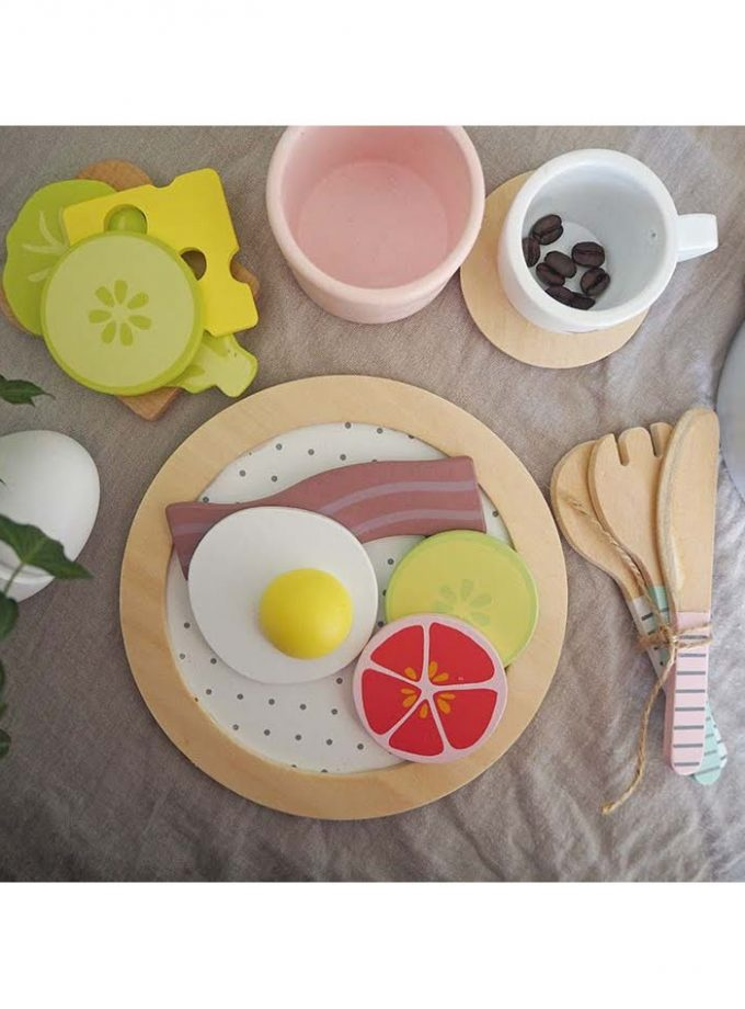 Medinis pusryčių rinkinys su skrudintuvu