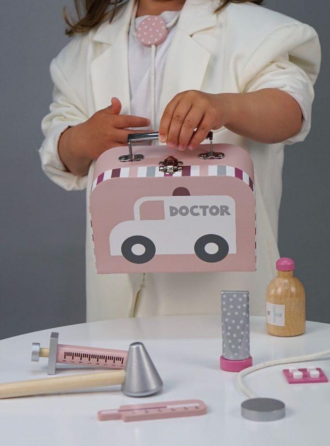 Medinis rožinis daktarės rinkinys