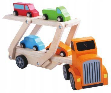 Medinis vilkikas - tralas su mašinėlėmis