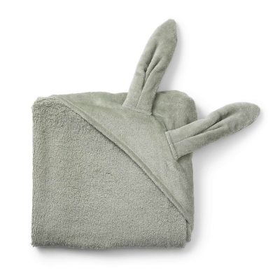 Elodie rankšluostis su gobtuvu triušis